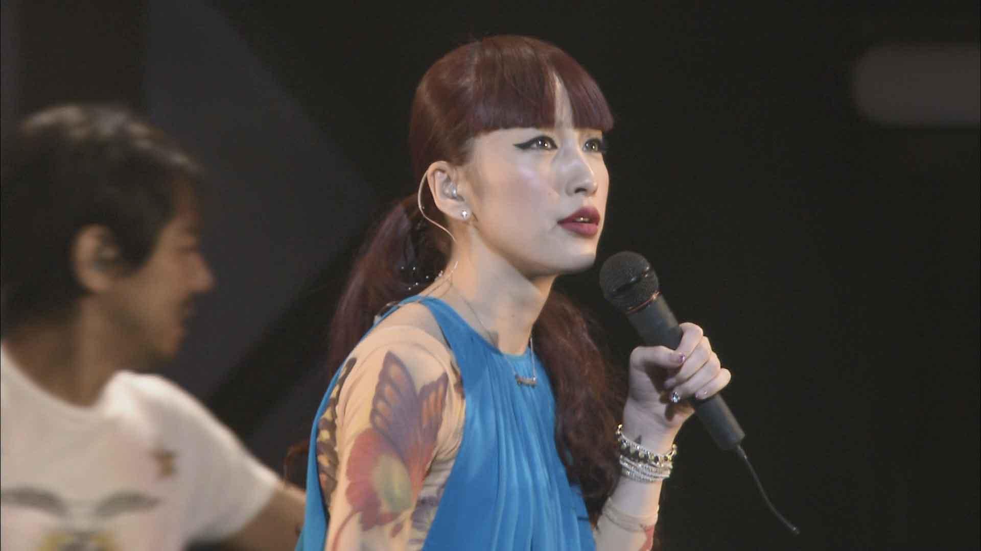 [蓝光原盘] 中岛美嘉2009年日本巡回演唱会《ISO 39.5G》