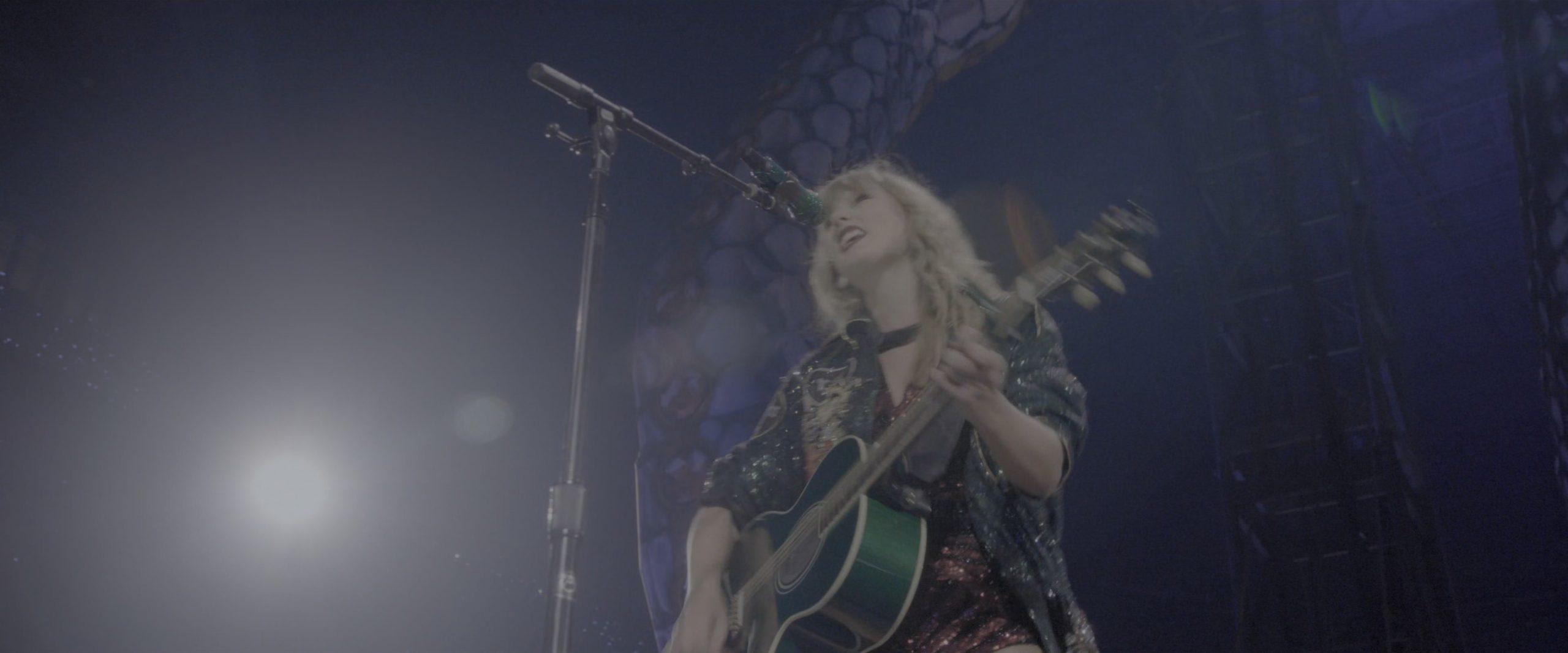Taylor Swift - Reputation Stadium Tour (2018) 2160p HDR Netflix WEBRip DD+ Atmos 5.1 x265-TrollUHD.mkv_20200301_141144.022