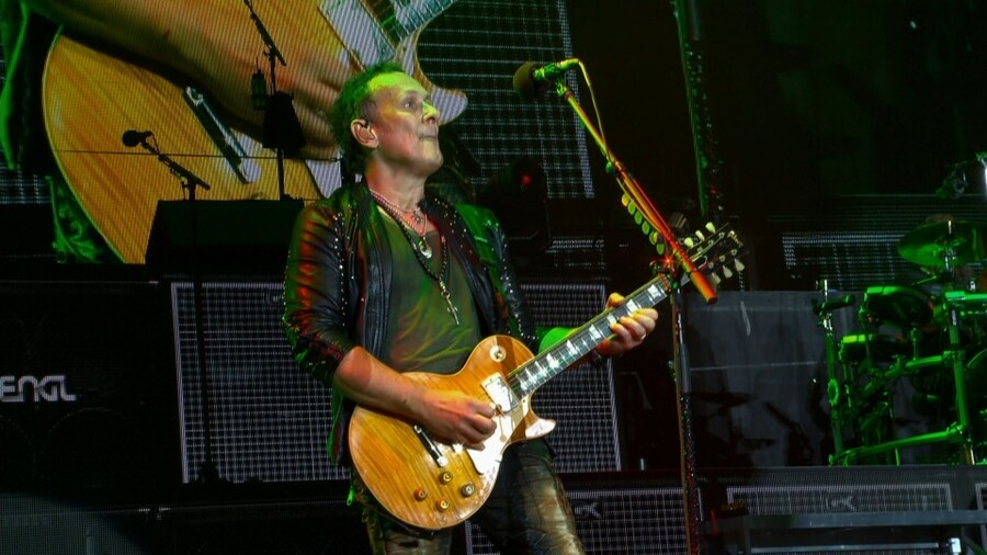 Def Leppard - Hits Vegas Live at the Planet Hollywood 2019 (2)