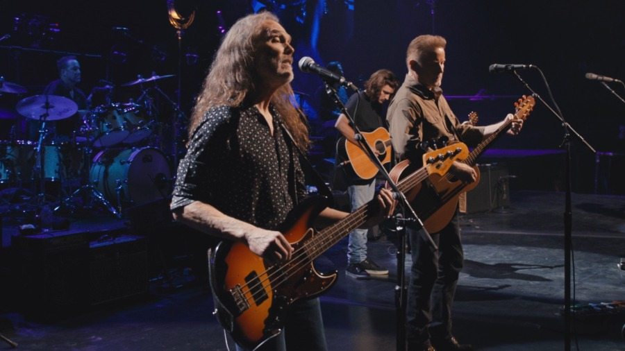 Eagles - Live from the Forum MMXVIII 2020 (4)